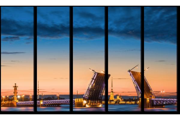 Дворцовый мост в закате