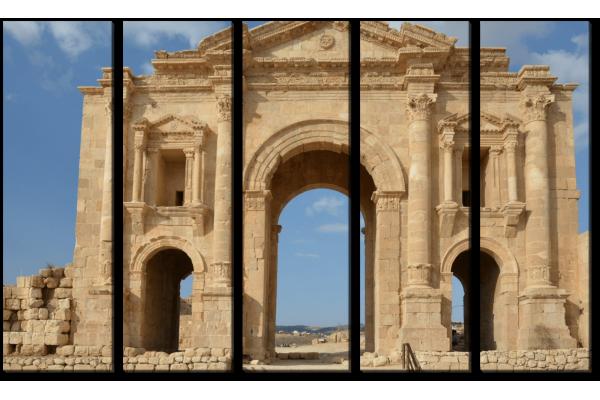 Арка в Иордании